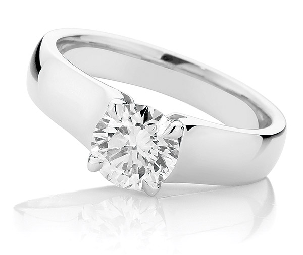 Debonair Solitaire diamond wide band ring