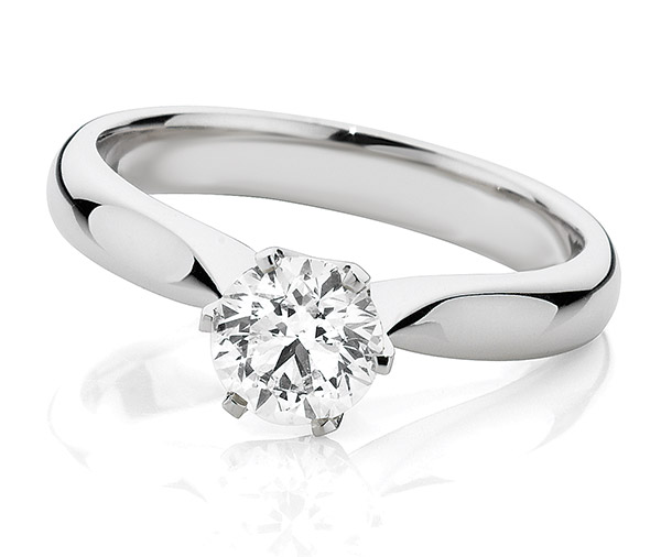 Elise classic solitaire ring