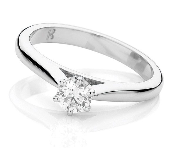 Ella solitaire diamond ring