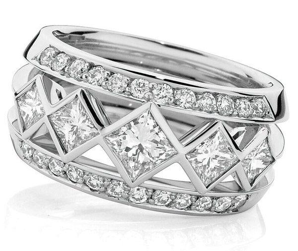 Iconic Princess diamond dress ring