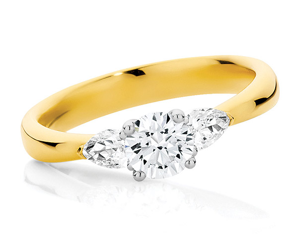 Nashi Pear Sunrise golden trilogy ring
