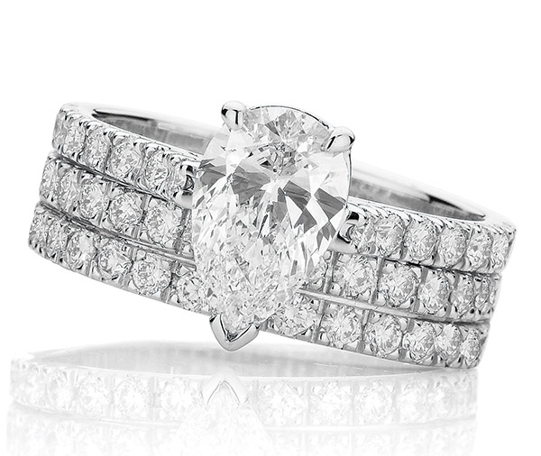 Nova Pear Forever diamond claw set ring pair