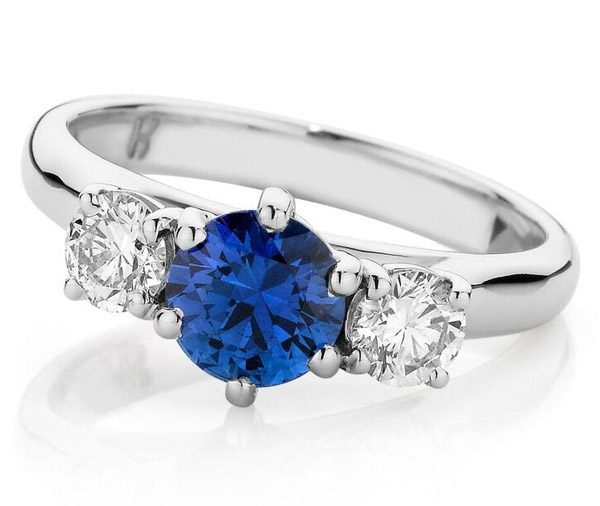 Oxford Diamond Trinity - Trilogy sapphire & diamond ring