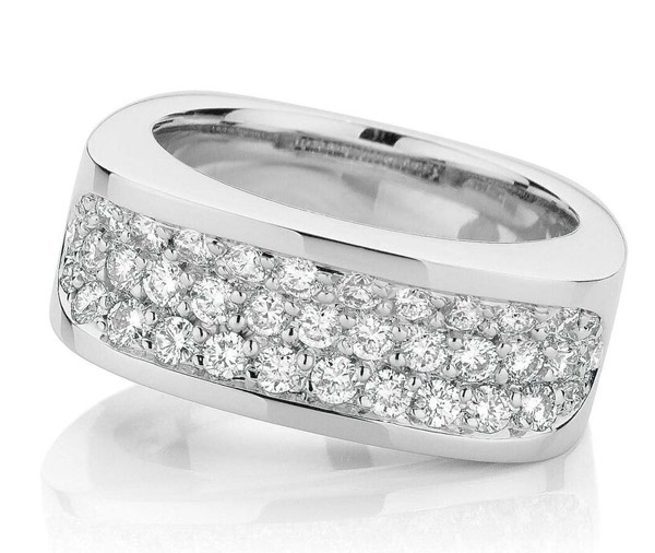 Pave Blanc Diamond dress ring