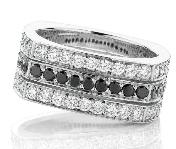 Pave Noir edged diamond dress ring