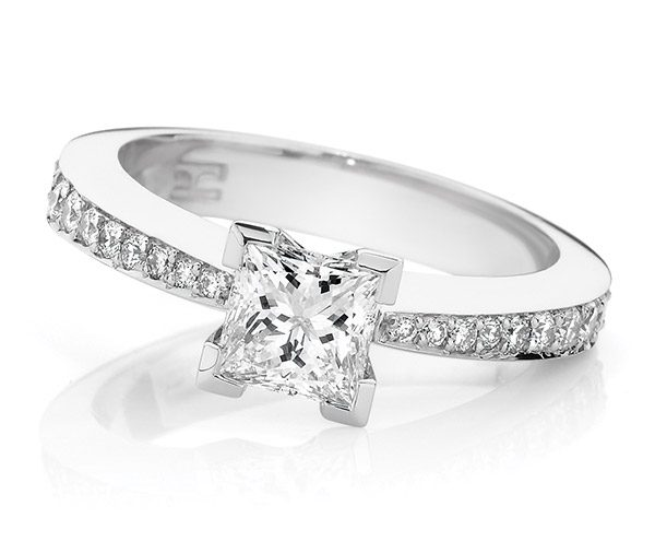 Princess tapering rounds engagement ring