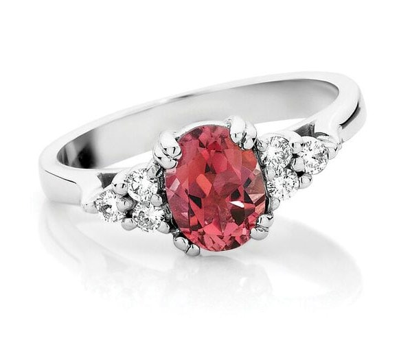 Romance In The Stone trio ring