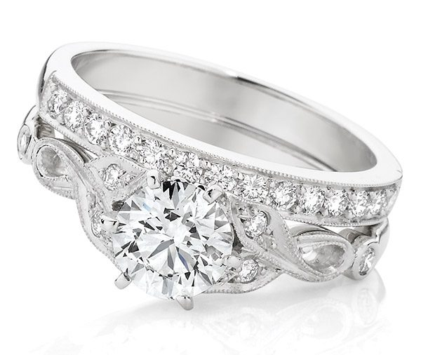 Rumba Forever Vintage style diamond engagement ring