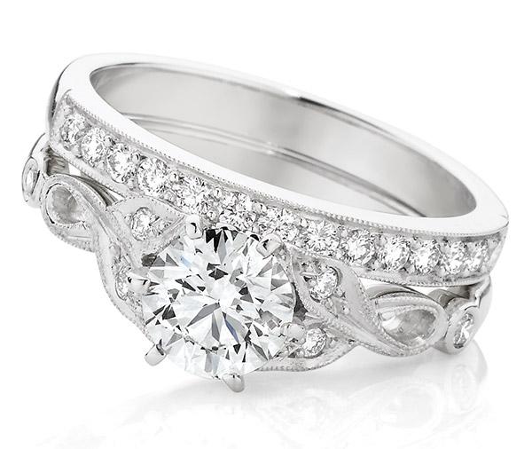 Rumba Forever Vintage style diamond engagement ring