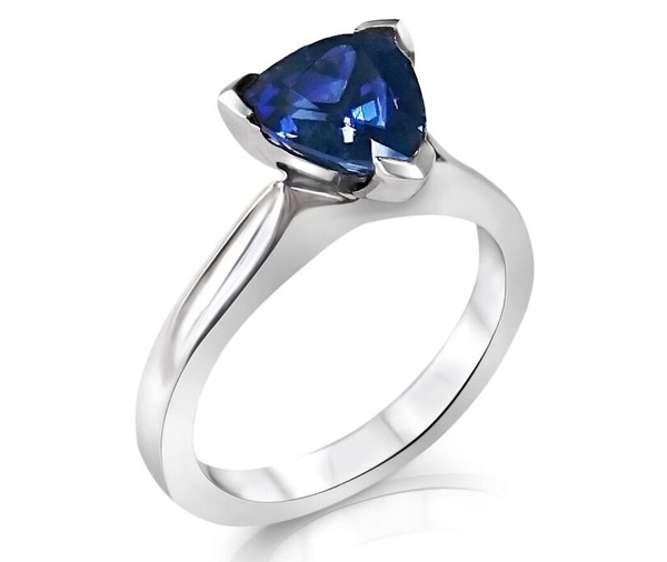 Sapphire Trilliance - blue sapphire ring