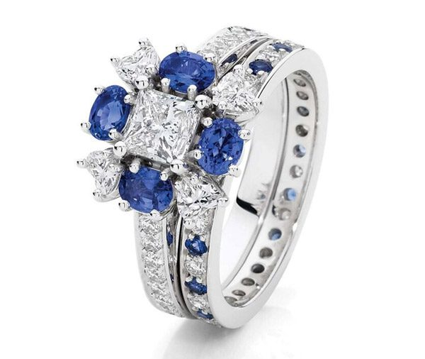 Princess Romance - Sapphire, princess & heart diamond ring set