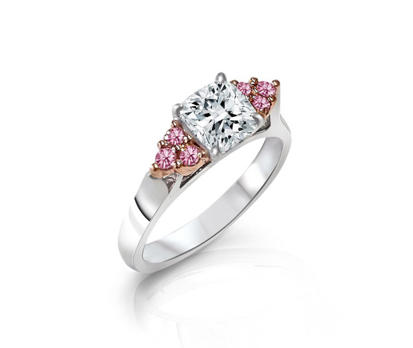 Carlotto - Cushion diamond and pink diamond clusters ring