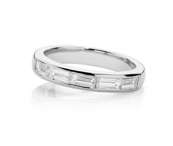 Forever Baguette cut diamond 1/2 band