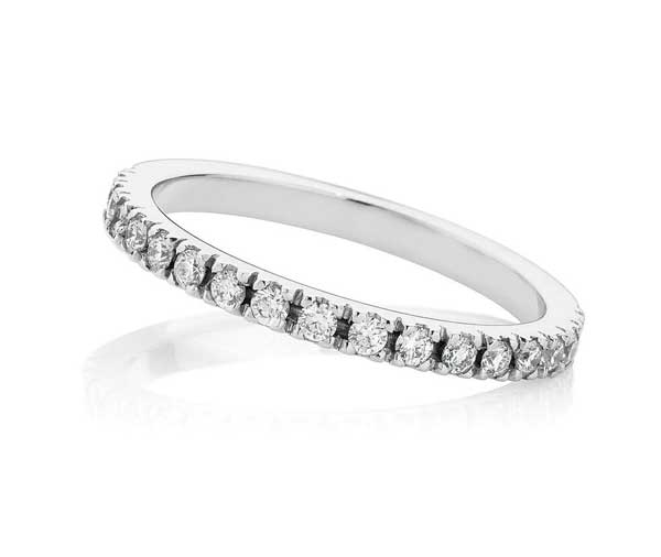 Forever Nova Micro claw diamond wedding band