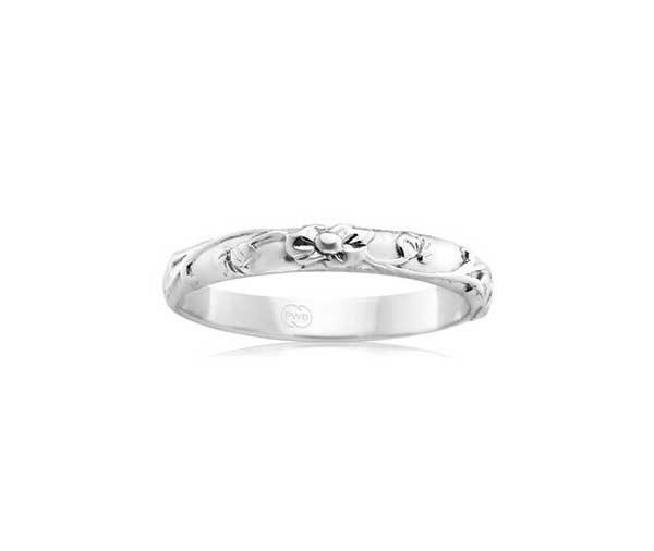 White Aurelia pattern ring