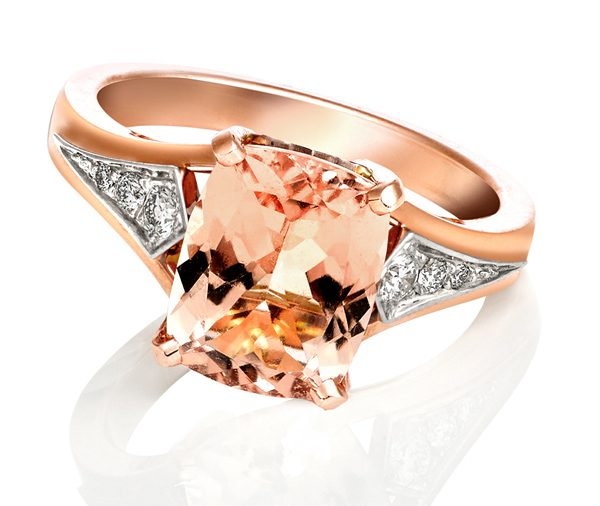 Apricot Dream: Morganite & Diamond Engagement Ring